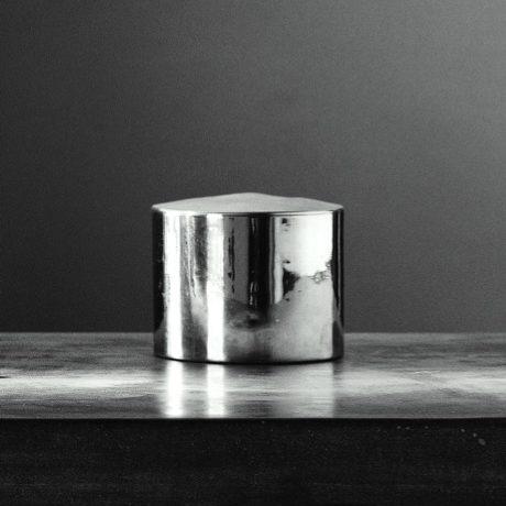 Metallia - Urano Barattolo - scatola porta gioie in peltro Design Marco Susani e Mario Trimarchi