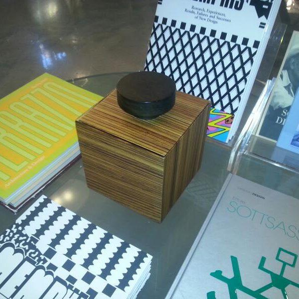 601ridScatola Teresa-E.Sottsass -Libreria Sozzani-Mi-2013-2
