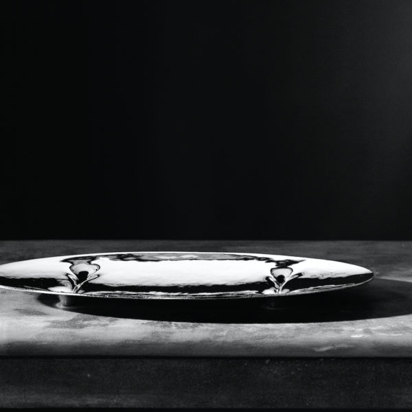 Metallia - Idro design Tamar Ben David Vassoio decorativo in peltro